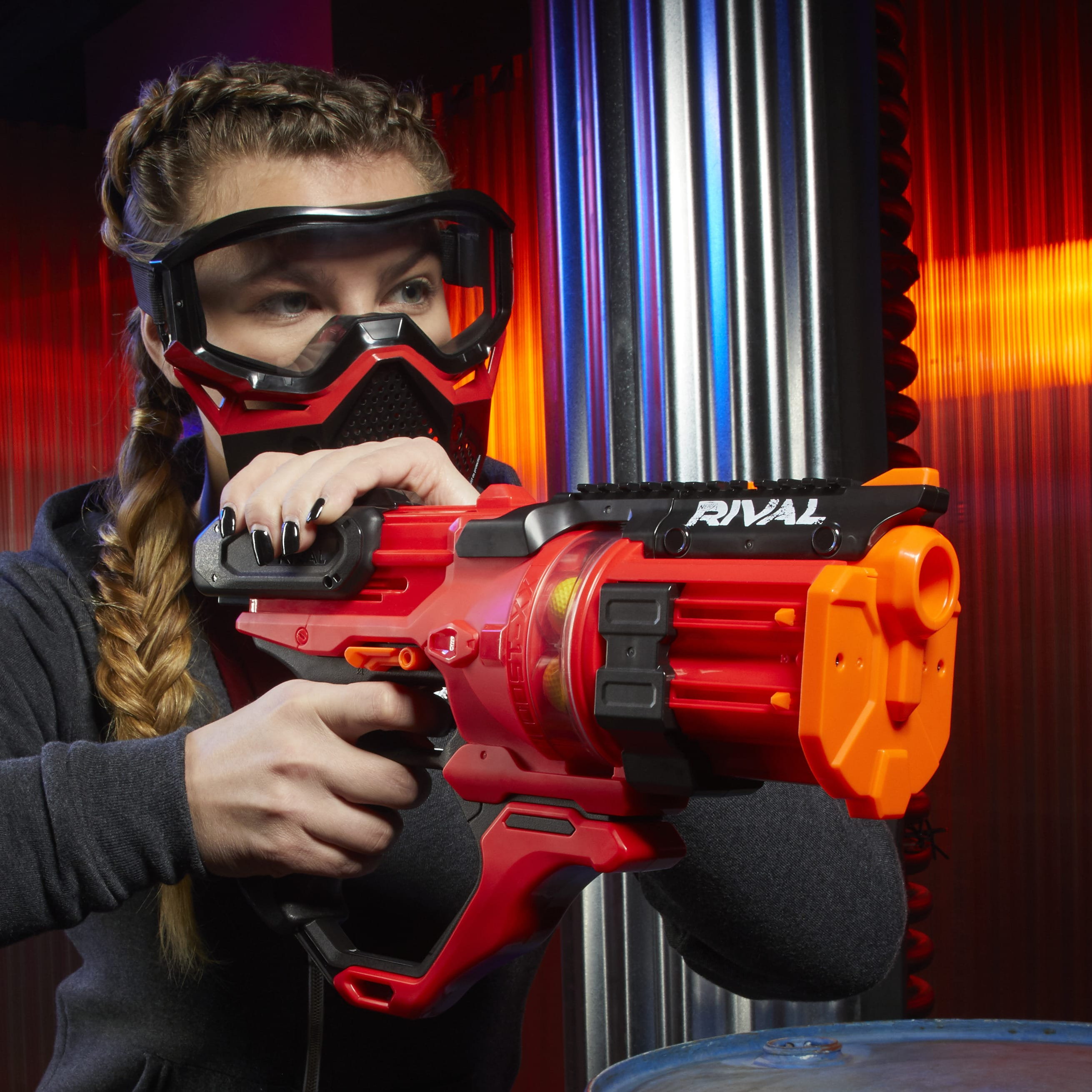 E6638 Nerf Rival Roundhouse red lifestyle